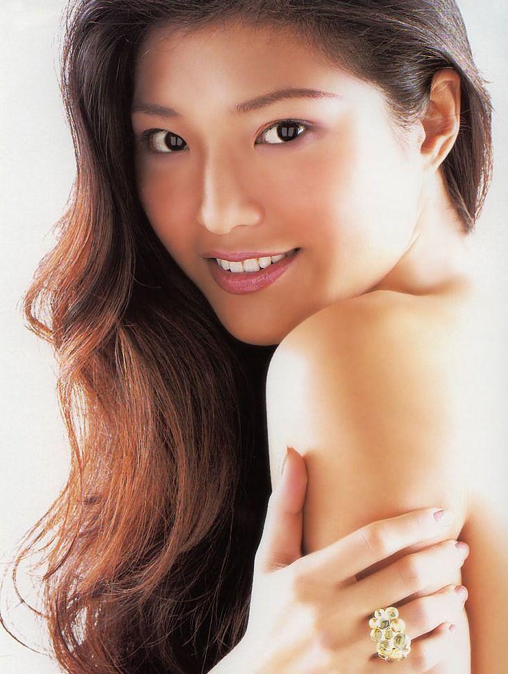 Celest Chong Nude Photos 28
