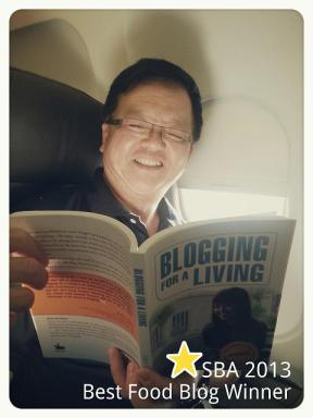 Singapore Blog Award winner Tony and Blogging For A Living