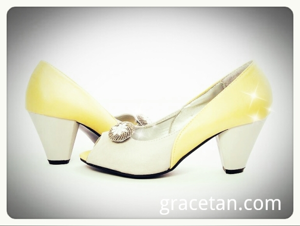 Haute Shuz Bar Yellow Grey Cone Heel