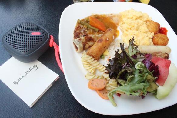 Quincy hotel breakfast buffet