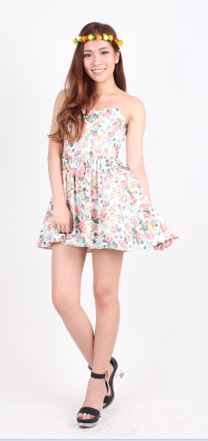 Bustier Floral Dress model