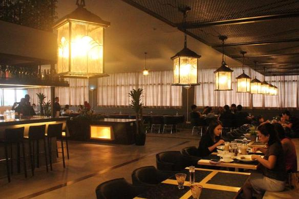 Nanyang Polytechnic L'Rez restaurant