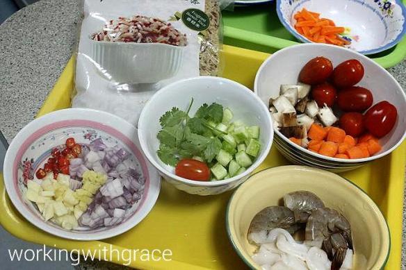 Seafood Brown Rice ingredients 30 Minute Cookin