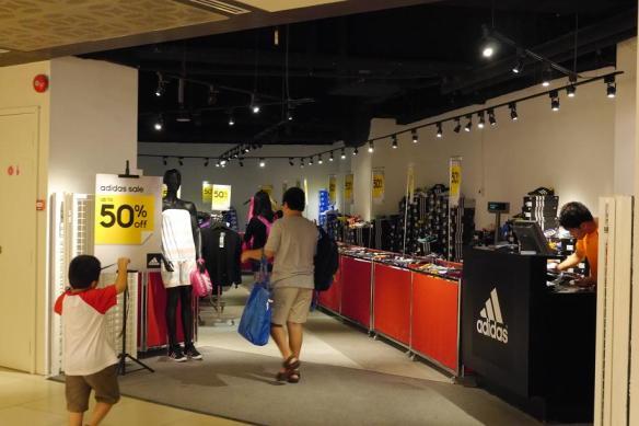 Adidas Chinatown Point