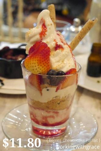 Miam Miam Berries Cheesecake Parfait