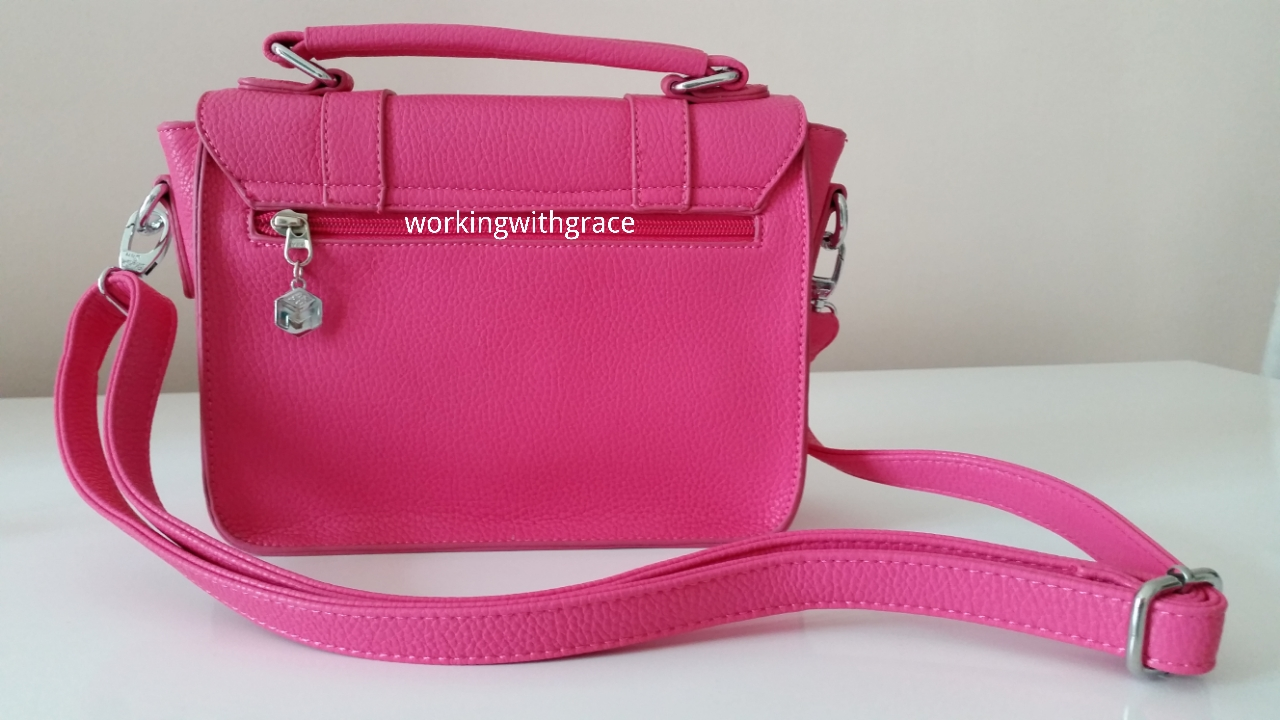 maku store sling bag | Working With Grace