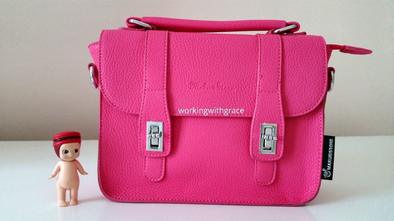 Maku Store Singapore's Hot Pink Sling Bag | Working With Grace