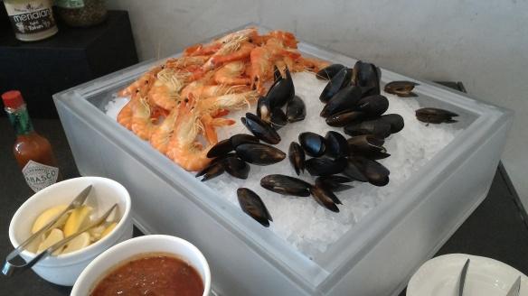 Park Hotel Alexandra seafood on ice