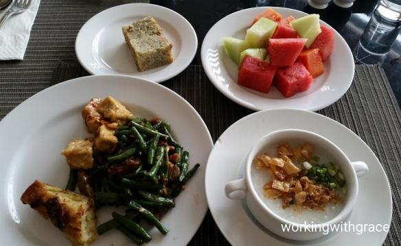 crown prince surabaya breakfast