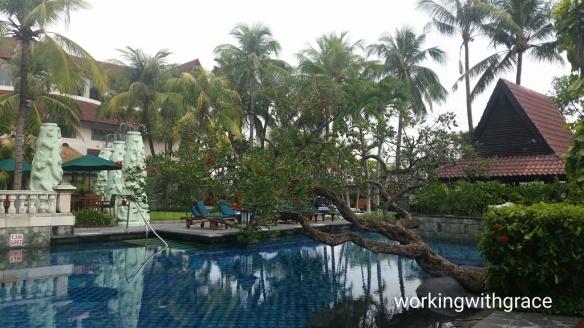 Sheraton Surabaya Hotel and Towers pool