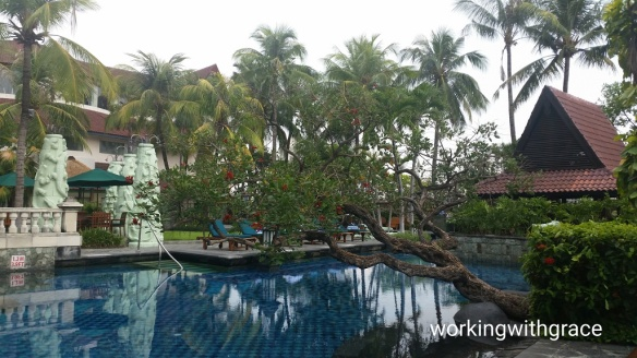 Sheraton Surabaya Hotel and Towers pool