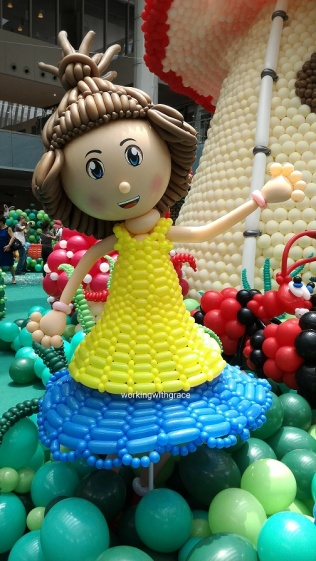 Girl Balloon Sculpture