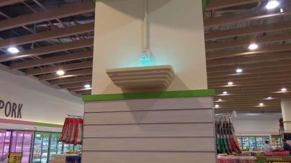 FairPrice fly traps