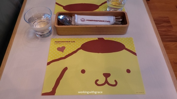 pompompurin cafe placemats