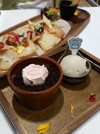 Hello Kitty Cafe food
