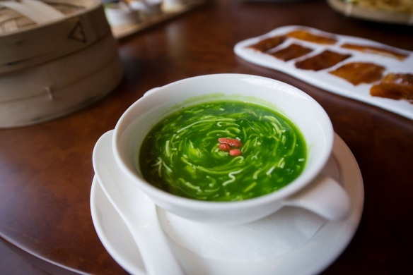 vlv singapore crab meat spinach soup