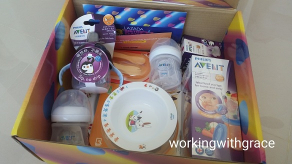 Philips Avent baby feeding accessories