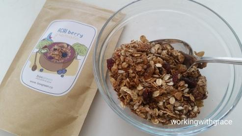 boxgreen acai berry granola
