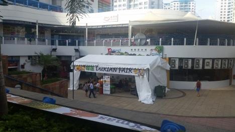 Punggol Plaza Durian Stall