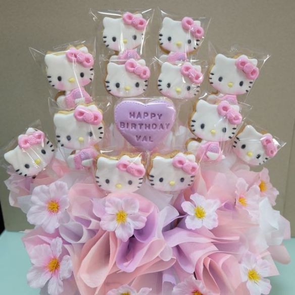 Hello Kitty Cookies Bouquet