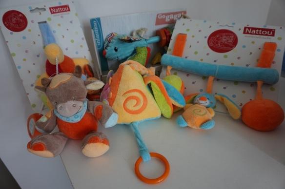toys r us warehouse sale
