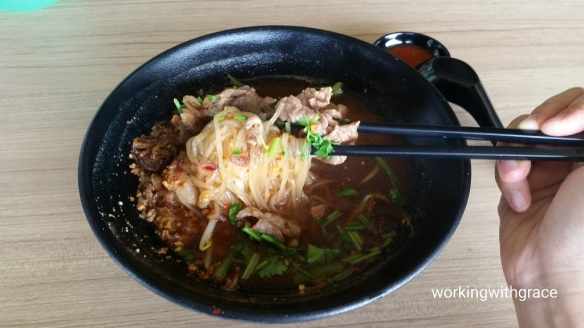 beef boat noodles pasir ris central hawker centre