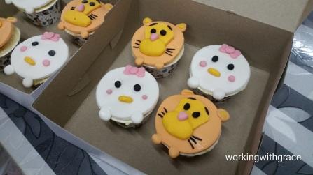 tsum tsum fondant cupcake