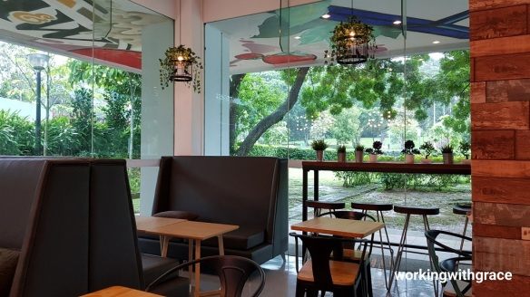 Dining in the garden ang mo kio library