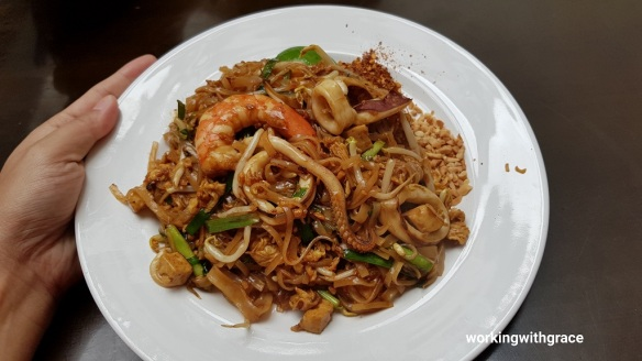 lotus thai restaurant review