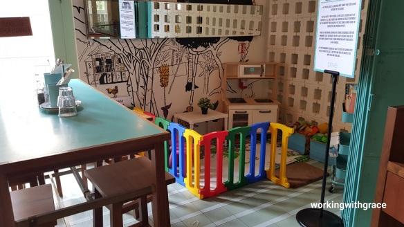 Prive asian civilisations museum child friendly cafe