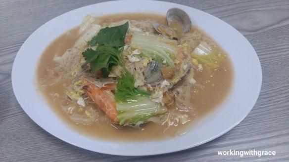 hong kong street old chun kee seafood white bee hoon
