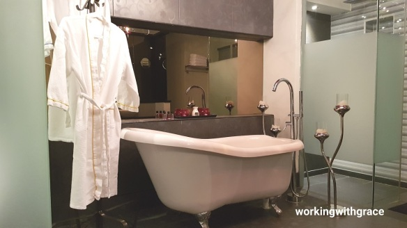 bliss boutique hotel review