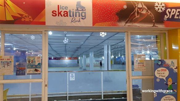 ice skating rink ska mall