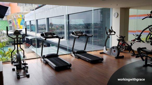 novotel pekanbaru gym