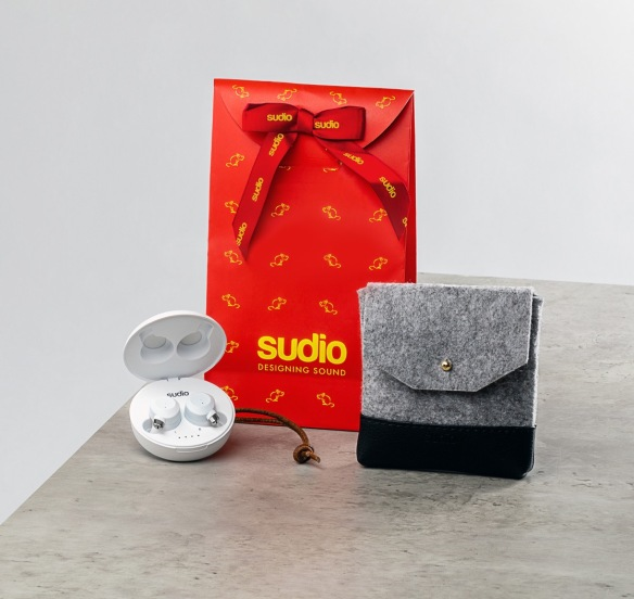 Sudio Pouch CNY Packaging