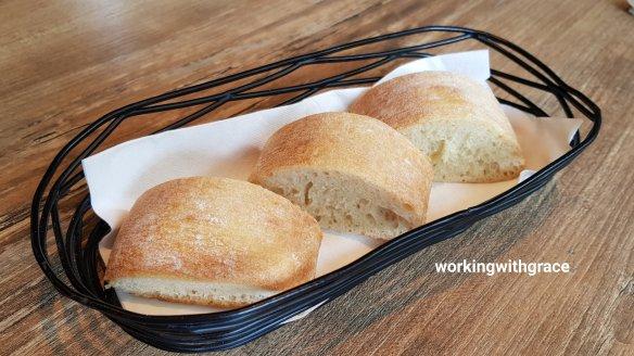 la cala bread basket